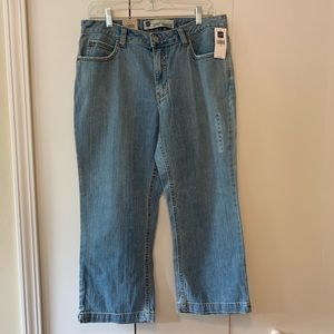 GAP Cropped Bootcut Jeans